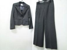 エクレールデフィのレディースパンツスーツ
