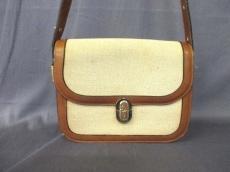フォンタナのショルダーバッグ