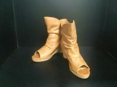 AndA(アンドエー)のブーツ