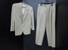 YvesSaintLaurent(イヴサンローラン)/メンズスーツ