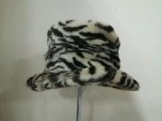 ユキトリイの帽子