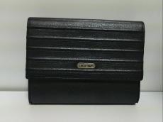 リモワのWホック財布