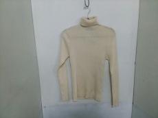 ダニエレフィエゾーリのセーター