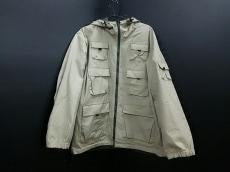 イージースミスのコート