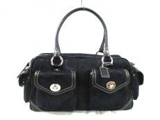 COACH(コーチ)のシグネチャーラージポケットサッチェルのハンドバッグ