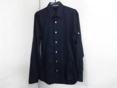 ヤレドラングのシャツ