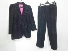 FENDI jeans(フェンディ)のレディースパンツスーツ