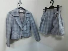 シークレットハニーのスカートスーツ