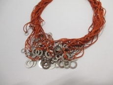 カルガロのネックレス