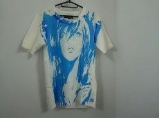 ノイハイトのTシャツ