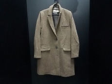 ジュンオカモトのコート