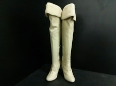 ハリコットルージュのブーツ