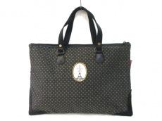 レ ケーク ド ベルトランのハンドバッグ