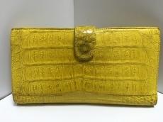ナンシーゴンザレスの長財布