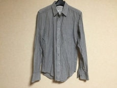 アレキサンダーヤマグチのシャツ