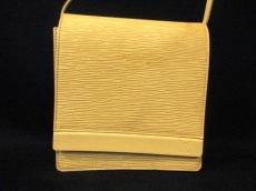 LOUIS VUITTON(ルイヴィトン)のビアリッツのショルダーバッグ
