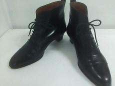 ベルトラミのブーツ