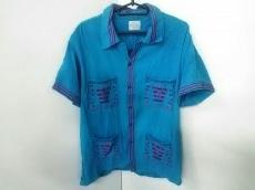 アルテサニアのシャツ