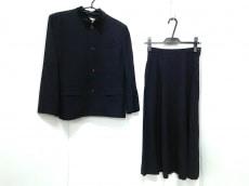 robe de chambre COMME des GARCONS(ローブドシャンブル コムデギャルソン)/スカートスーツ