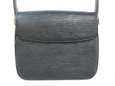 LOUIS VUITTON(ルイヴィトン)のビュシのショルダーバッグ