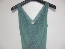 マックスアズリアコレクションのドレス