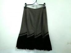 ヴィヴァプレストのスカート