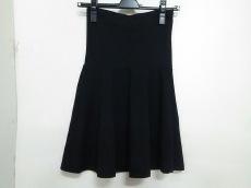 エスケープのスカート