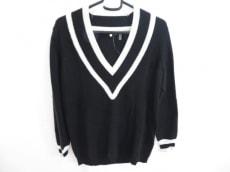 ミニーローズのセーター