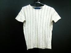 ショートカットフォーマークスのTシャツ