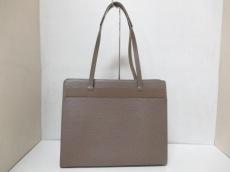 LOUIS VUITTON(ルイヴィトン)のクロワゼットGMのショルダーバッグ