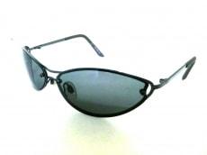 アックスのサングラス
