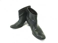 チアキ カタギリのブーツ