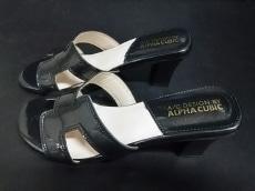 ALPHA CUBIC(アルファキュービック)のサンダル