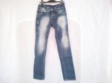 アブソリュートジョイのジーンズ