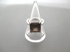 エヌエヌエヌのリング