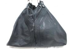 YvesSaintLaurent rivegauche (YSL)(イヴサンローランリヴゴーシュ)のダブルバッグのショルダーバッグ