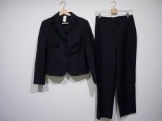 イスタンテのレディースパンツスーツ