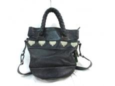 アミーコのハンドバッグ