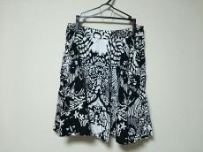 フェアグランドのスカート