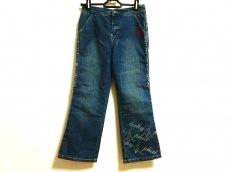 ベイビーファットのジーンズ