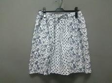 ベイフローのスカート