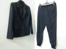トゥデイフルのレディースパンツスーツ