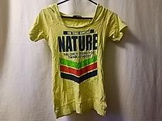 リードのTシャツ