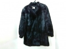 Black Jewel(ブラックジュエル)のコート