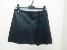 ジトロワのスカート