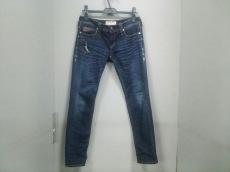 ジミータヴァニティのジーンズ