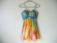 クリームのドレス