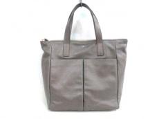 Anya Hindmarch(アニヤハインドマーチ)のzipped Nevisのハンドバッグ