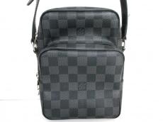 LOUIS VUITTON(ルイヴィトン)のレムのショルダーバッグ