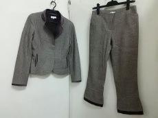TO BE CHIC(トゥービーシック)のレディースパンツスーツ